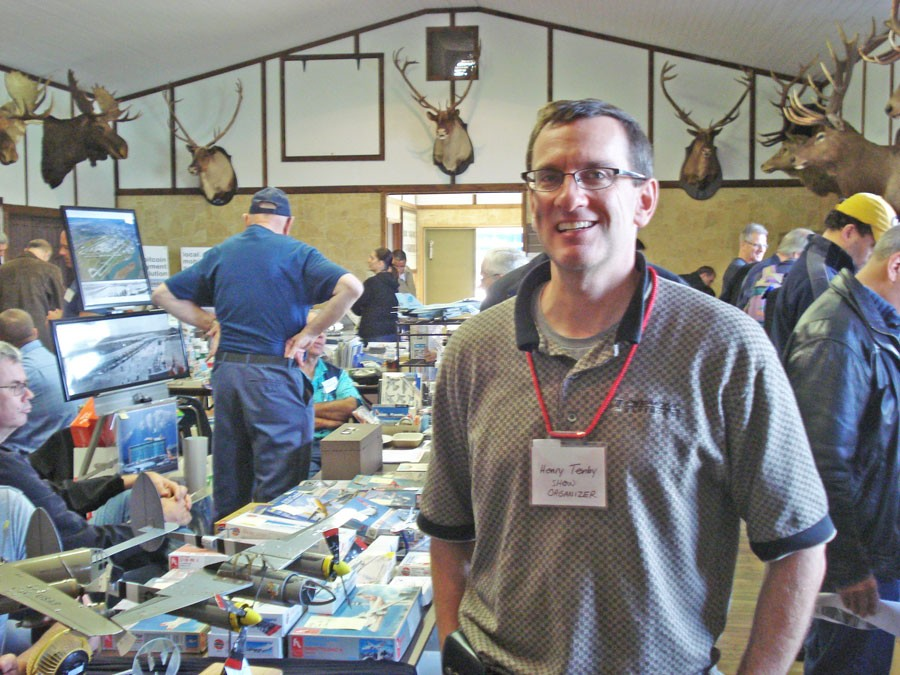 Henry Tenby at Vancouver Aviation Collectibles Show 2014