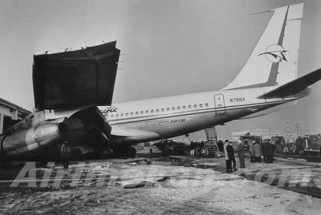 Canadian Pacific Boeing 707 accident Vancouver 1968