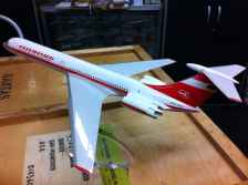 Interflug IL-62 DDR-SEG professional airline display model 1/100 scale