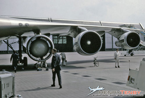 five engined Boeing 747