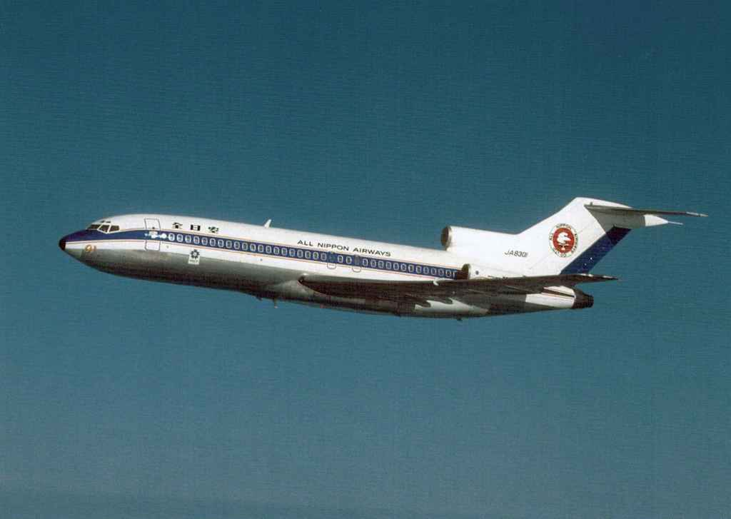 Stunning air-to-air view of All Nippon Airways Boeing 727-100 JA8301