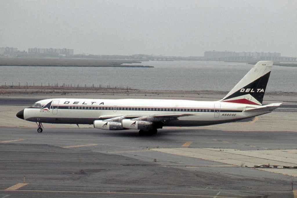 Delta Convair 880 N8809E at New York JFK Airport on September 25, 1973. Slide by Ron Kosys.