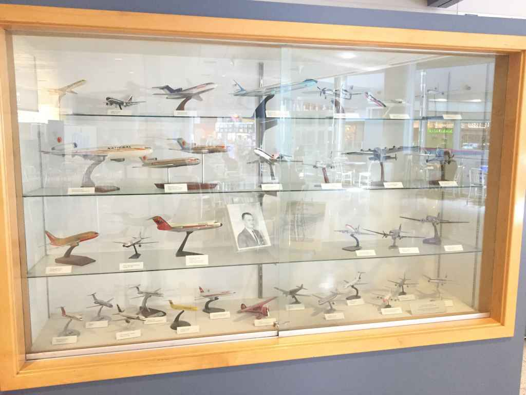 Wall display case with airline display models of aircraft that served Las Vegas and were given to the airport by various airlines.