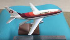 1/100 Frontier 737 model