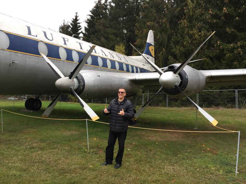 Henry Tenby enjoying some quality time with two feathered Rolls Royce Dart engines, of the Lufthansa Viscount 800 D-ANUM at the Hermeskeil aviation museum in Germany.