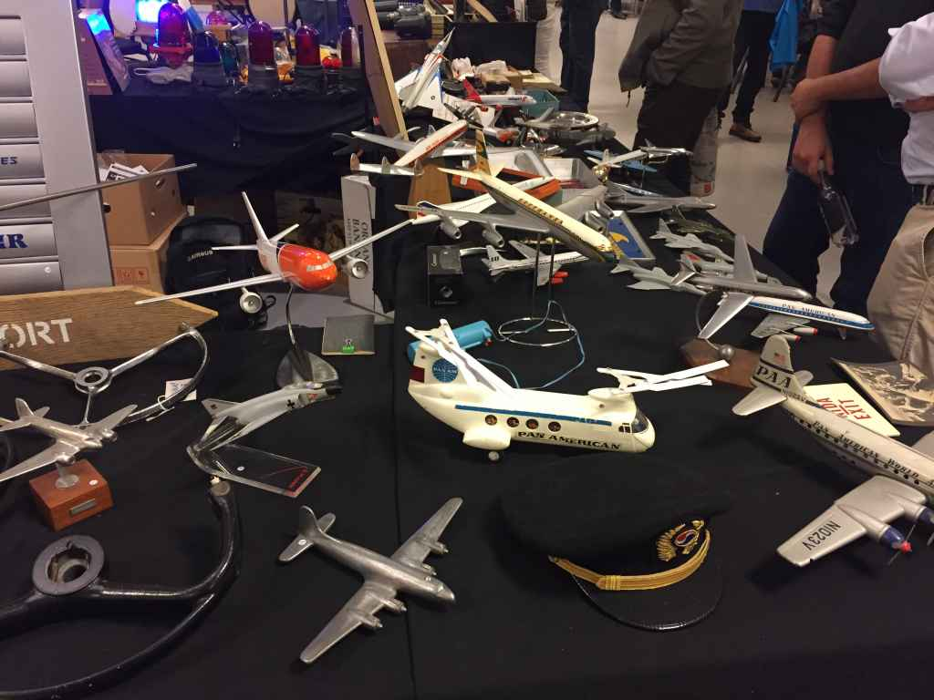 The 2019 Amsterdam Aviation Fair also featured sellers offering old toys and tin plate models or airliners for sale.