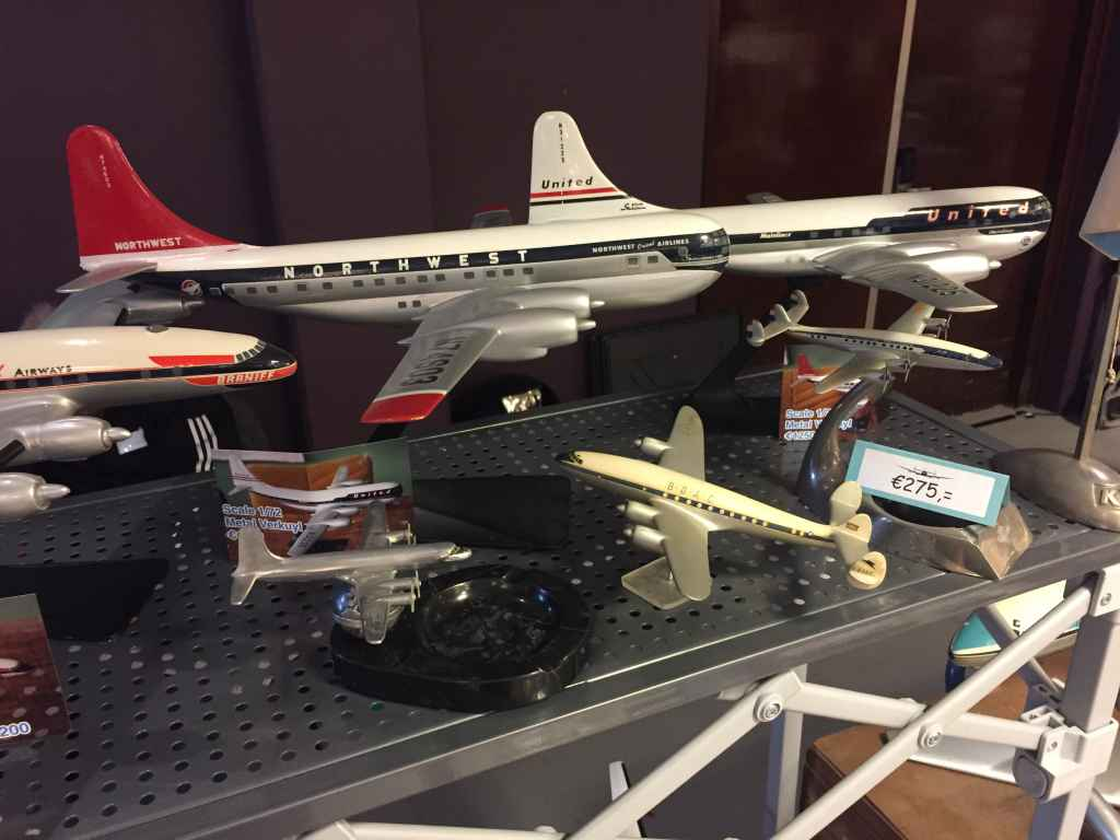 In the 1980s and early 1990s, Matthias Verkuyl produced a range of 1/72 classic propliners in metal. Two examples are these 1/72 Stratocruisers in Northwest and United liveries, each bring priced in the 1200 Euro range.