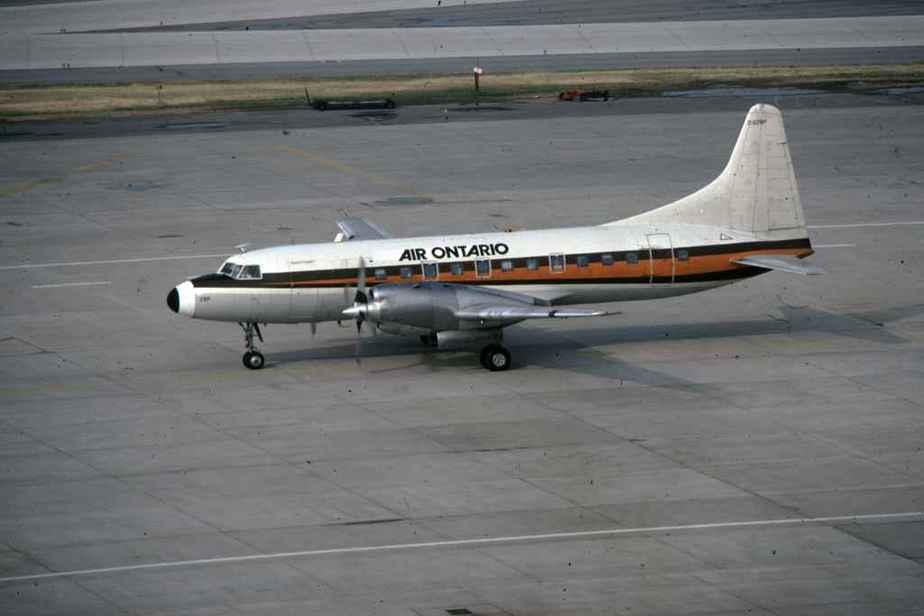 SP4626 Air Ontario CV580 C-GJRP YYZ July1983