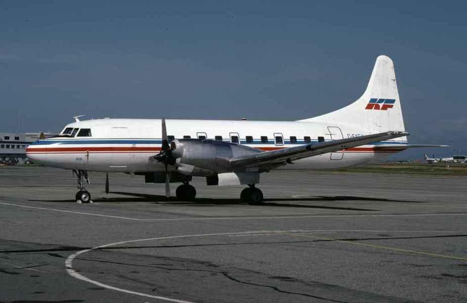 SP4639 Kelowna CV580 C-FKFY YVR Aug1996