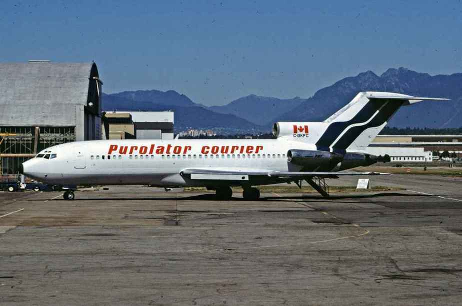 SP4662 Purolater Courier 727-100 C-GKFC YVR Sep1988