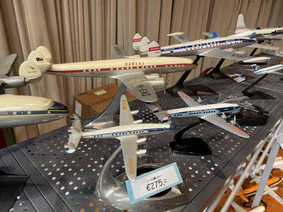 Ed van Rooijen from Amsterdam brought a fabulous selection of models for sale to the Frankfurt Schwanheim airline show in November 2019, including this nice set of vintage 1950s propliner display models in metal.