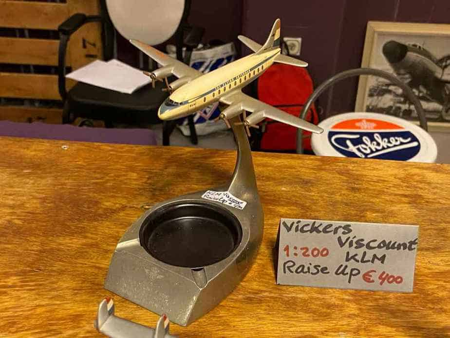 KLM Vickers Viscount ashtray model in 1/200 metal by Raise Up, circa 1950s